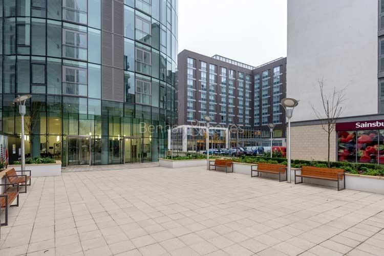 Brentford Area Guide - Image 1