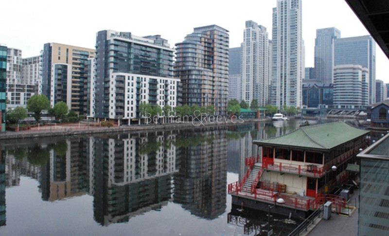 Canary Wharf Area Guide - Image 1