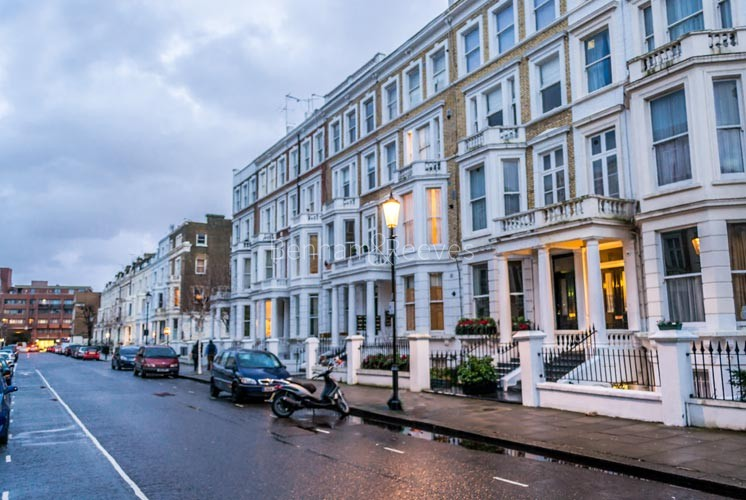 Earl's Court Area Guide - Image 1