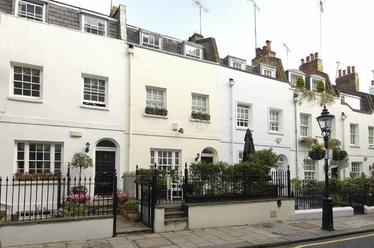 Knightsbridge Area Guide - Image 5