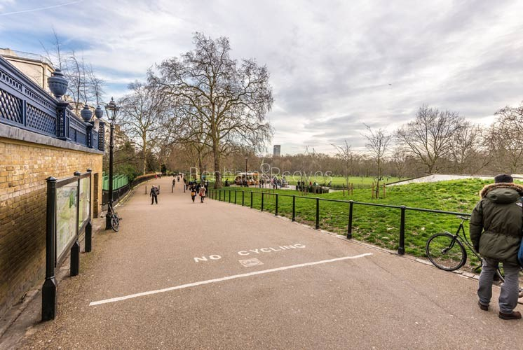 Mayfair Area Guide - Image 7