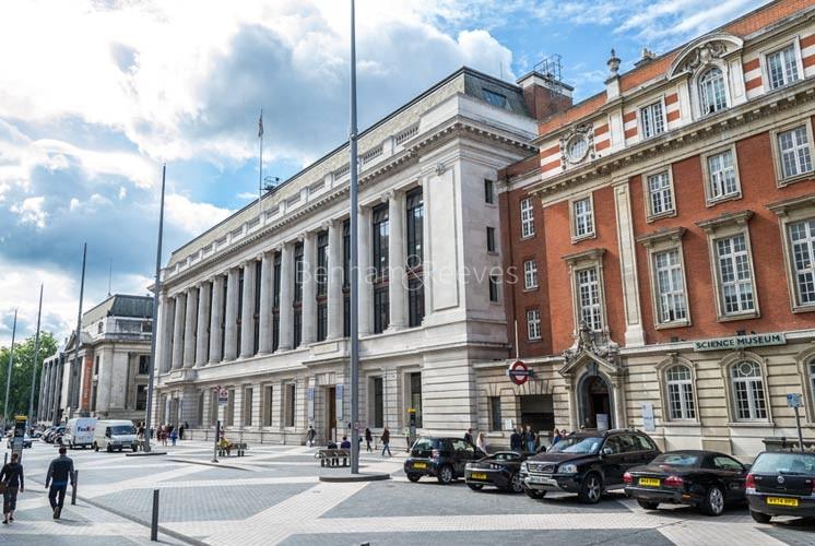 South Kensington Area Guide - Image 3