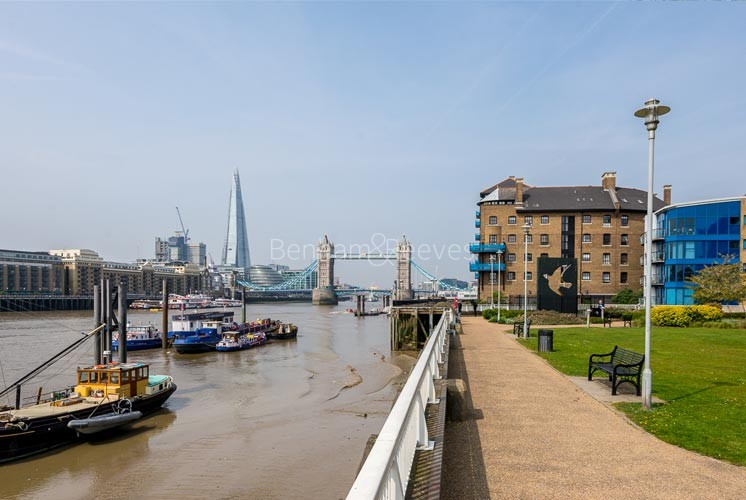 Wapping Area Guide - Image 1